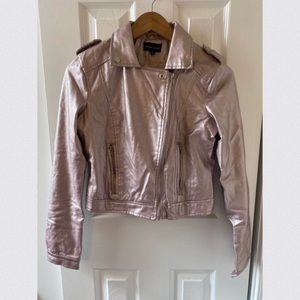 • NewLook Silver Rose Gold Jacket •